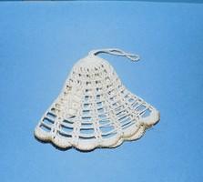 Régi horgolt karácsonyfadísz csengő 9 cm (1)