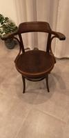 Joseph Khon rugós szék
