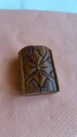 Antik fa, faragott utazó, házi oltár   eladó!