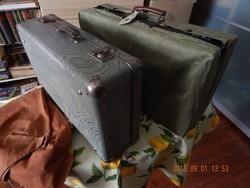 Két jópofa retro bőrönd, csini ruhában - a zöld ruhás már elkelt!