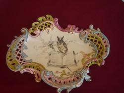 Egy gyönyörű antik áttört szélű kínáló 1896 ból. Steidl- Znaim. 32 cm!