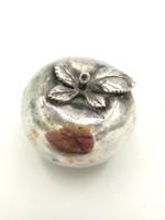 Nagy ezüst szelence alma formával