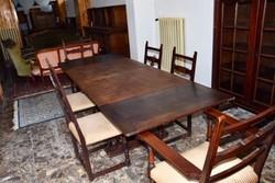 Komplett étkező asztal,6db székkel,2db szekrénnyel.