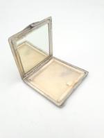 Elegáns ezüst fazettált tükör