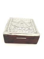 Gyönyörű ezüst cizellált doboz Firenze