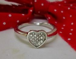 Gyönyörű apró kristályos szív  ezüst gyűrű