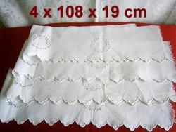 4 db nagyon régi, szinte antik vászonra hímzett madeirás fehér polccsík