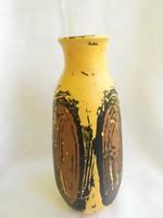 Szignált Gorka Lívia kerámia váza