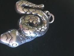 Ezüst kígyó medál-jelzett 825-ös finomságú