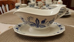 Beautiful meissen-pattern Marienbad Ingress Weiss sauce or gravy boat!