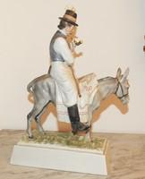 Pipázó parasztember - Herendi porcelán, jelzett, eredeti!