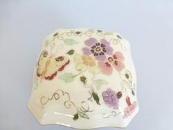 Gyönyörű,Zsolnay elefántcsont mázas,lepke,pillangó mintás bonbonier