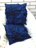 2 db Taft rózsapárna kékes színben