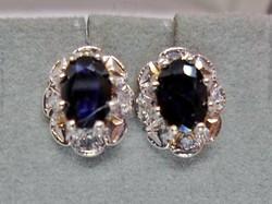 Szépséges  zafír és gyémánt  arany fülbevaló