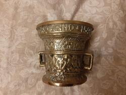 Bronz kis mozsár 840 g