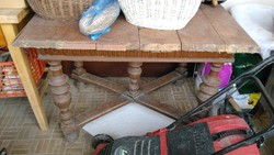 Ónémet étkező asztal felújítandó