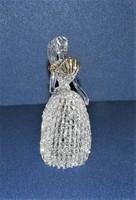Lány legyezővel kézműves üveg figura