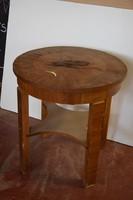Furnéros teázóasztal