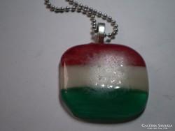 Magyar zászló üvegolvasztással