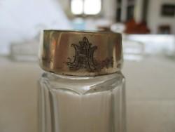 Antik csiszolt üveg sószóró monogramos ezüst kupakkal