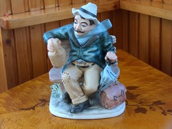 Hibátlan bisquit porcelán szobor, demizsonos öregúr