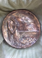 Szerelem c. R.Törley Mária dombormű. 30x32 cm-es. Számos díjjal rendelkezik az alkotója. Esküvőre is