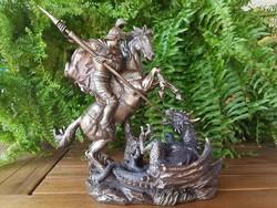 Sárkányölő Szent György szobor
