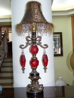 Gyonyoru antik nagy asztali lampa