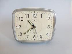 Remek állapotú,sosem használt Helvetia ébresztőóra,asztali óra