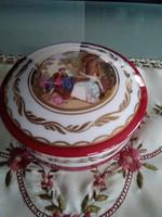 Jelenetes Limoges porcelán bonbonier arany díszítéssel!