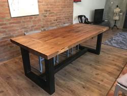 Ipari design loft ebédlőasztal