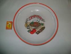 Spagettis tál