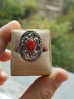 Antik Ezüst Gyűrű Természetes Vörös Korallal