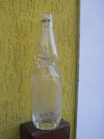 Kifogástalan,  sokszögletű golyós  szódásüveg