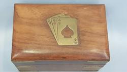 Gyönyörű szép régi fa póker kártya doboz réz veretekkel, új bontatlan kártyával