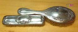 Egy pár viktoriánus korabeli lószőr kefe 900-as finomságú ezüst borítással.