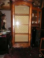 Nagyon ritka antik hosszú lábú, pici, karcsú, keskeny chippendale kis vitrin gyönyörű állapotban