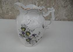 Régi virágos porcelán vizeskancsó