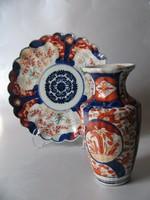 Antik imari váza és tányér