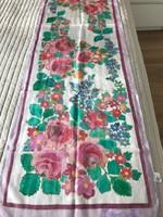 Kézzel festett virágos selyemsál, 45 x 175 cm,  Arty's márka