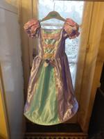 Abroncsos hercegnő ruha