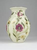 0Y514 Régi vajszínű Zsolnay porcelán váza 12.5 cm