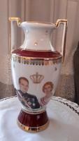 Kézi festett Prince Rainer-Princesse Grace de  Monaco váza
