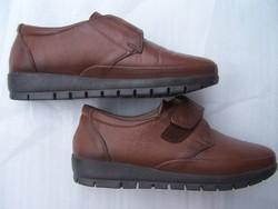 Női bőr cipő új állapot, 38-as méret, bőr felsőrész, gumi talp