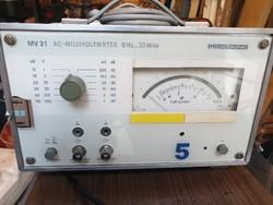 Präcitronic MV 21 voltmérő