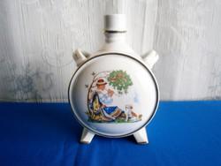 Régi Kispesti porcelán kulacs népviseletes fiúval és lánnyal