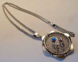 Szépséges nagy kézműves opálköves ezüstmedál  nyakláncon