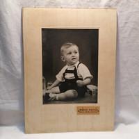 Műtermi fotó, gyermek (Bérci Fotó Baja MABI Palota ) 39x29 cm