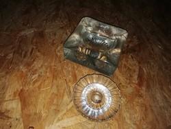 Antik üveg hamutartó hibátlan állapotban van