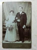 Fotók az 1910-20-as évekből.